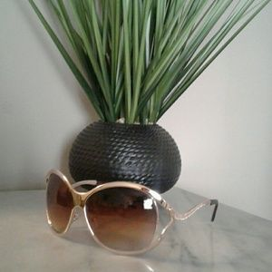 Women's Sunglasses Gold with Embellished sides